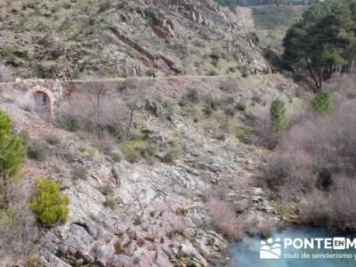 Travesía de senderismo desde El Atazar a Patones - Desde Presa de La Parra; carrers girona